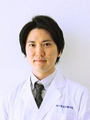 武岡 崇介 先生
